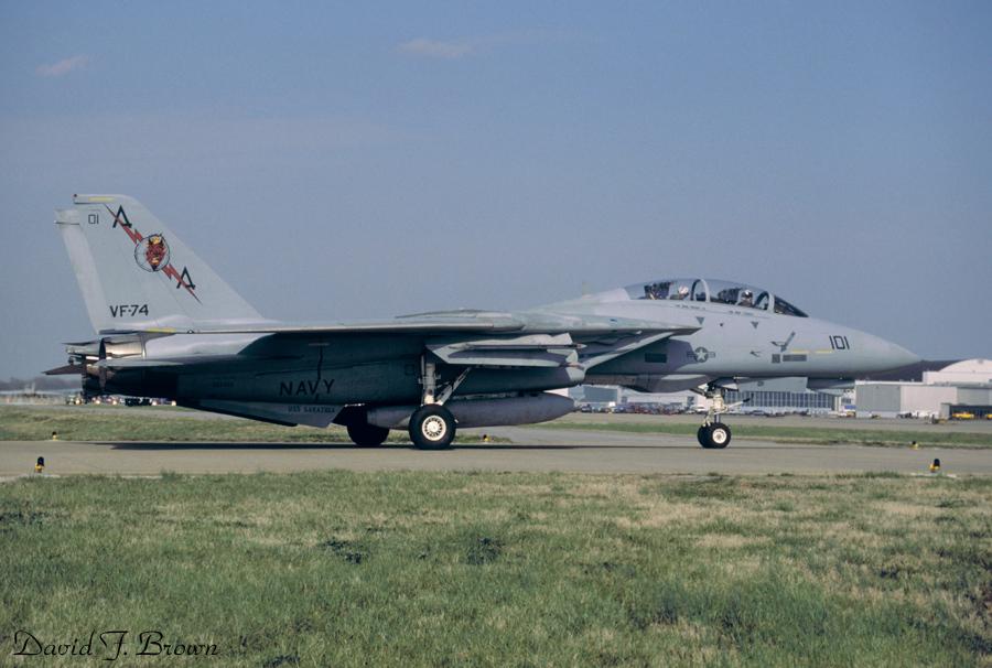 [Hasegawa] F-14A+ Tomcat F-14b_10