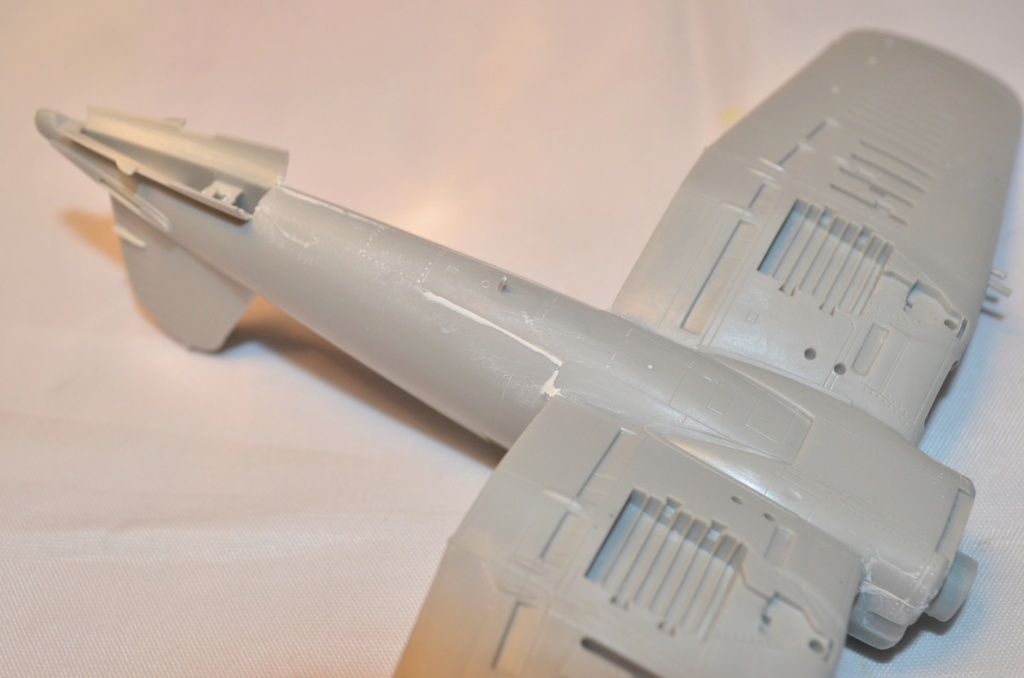 [FINI][Hobbyboss] F4U-4 Corsair Hobbyb50