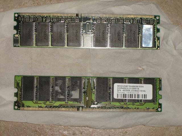 CM Asrock P4V88+,CG 7800GS 250Mo AGP,P4 3 ou 3.4Go,2x512 Vdata Dsc00714