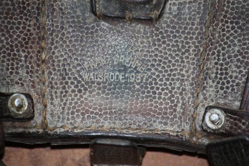 Cartouchière pour fusil MAUSER Img_2313