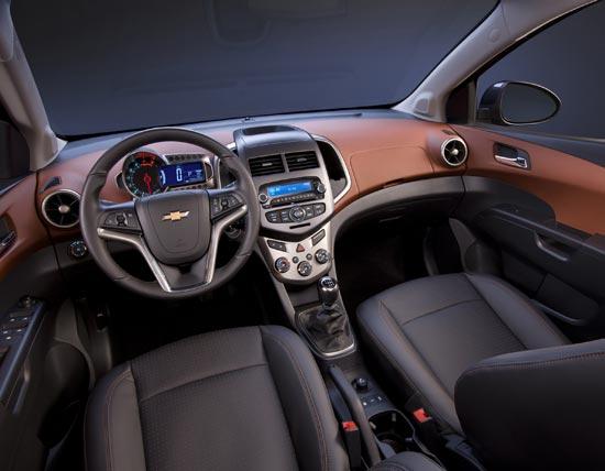 Nuove Auto e Moto - Pagina 4 Chevro11