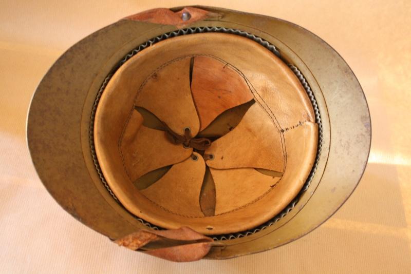 Vos casques et coiffes preférés mais cette fois WWI - Page 2 Casque12