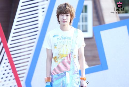 [PICS] 06.05.2011 Music Core Tumblr14