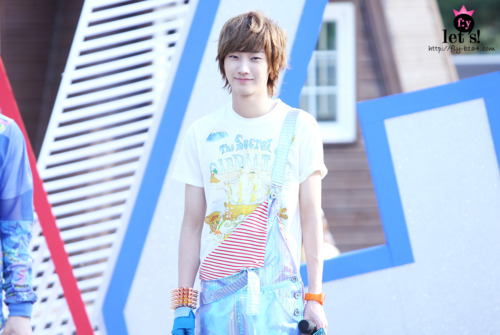 [PICS] 06.05.2011 Music Core Tumblr27