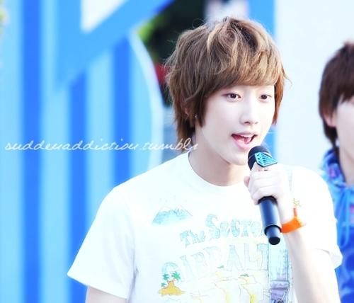 [PICS] 06.05.2011 Music Core Tumblr29