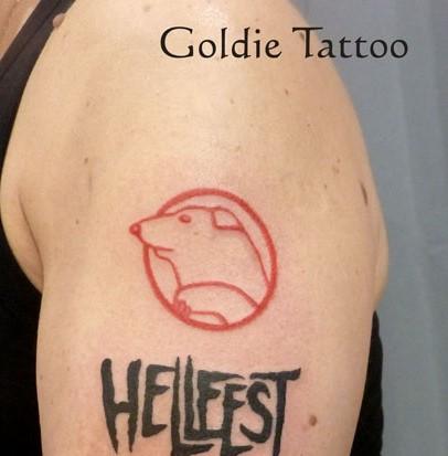 RICOUNET FAIT LA PASSE..... Goldie10