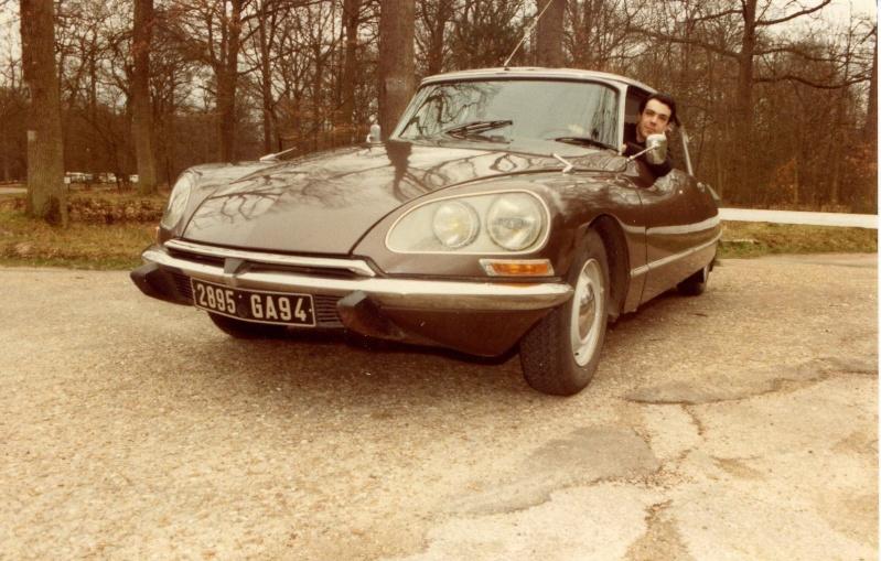 Quelques unes de mes anciennes autos........................et motos Citroa11