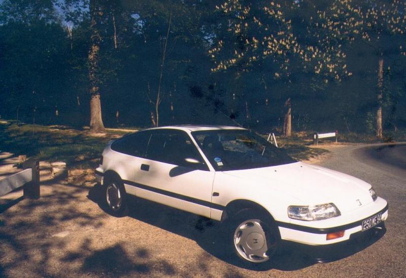 Quelques unes de mes anciennes autos........................et motos Hondac10