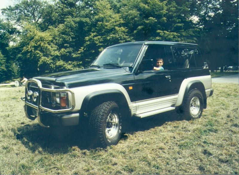 Quelques unes de mes anciennes autos........................et motos Patrol10