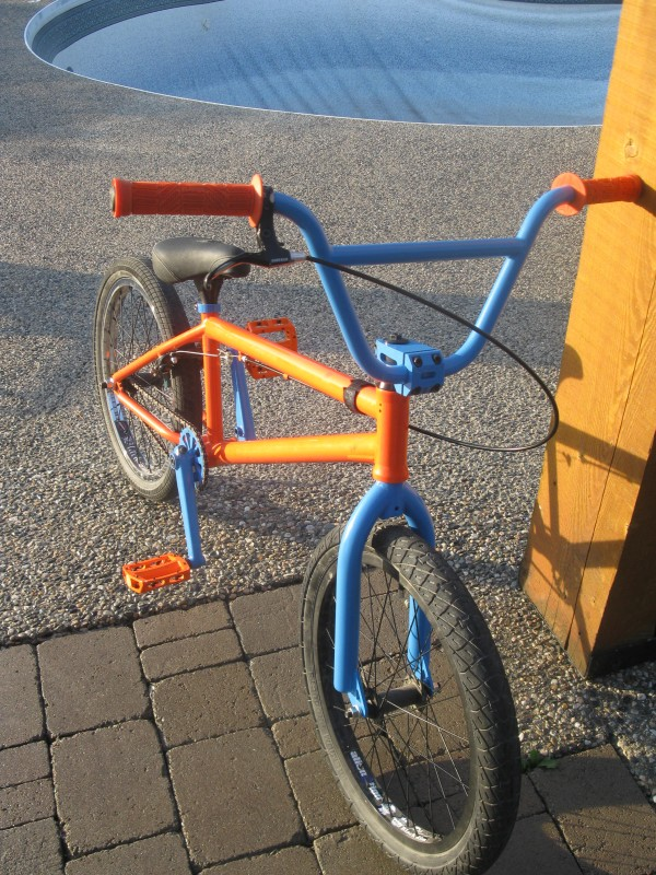 The Daily Bike Day 1/7 Week 1 -BMX Lauren12