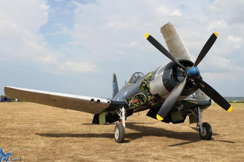 Premier vol du F4U-5NL F-AZYS restauré Ferte-10