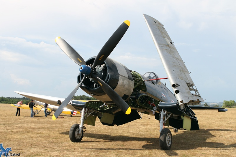 Premier vol du F4U-5NL F-AZYS restauré Ferte-11