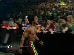 #5 Tag Team Match The Shield vs Randy Orton et Kofi Kingston Kofi_k11