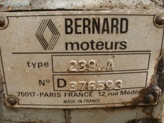 Moteur Bernard 239 A