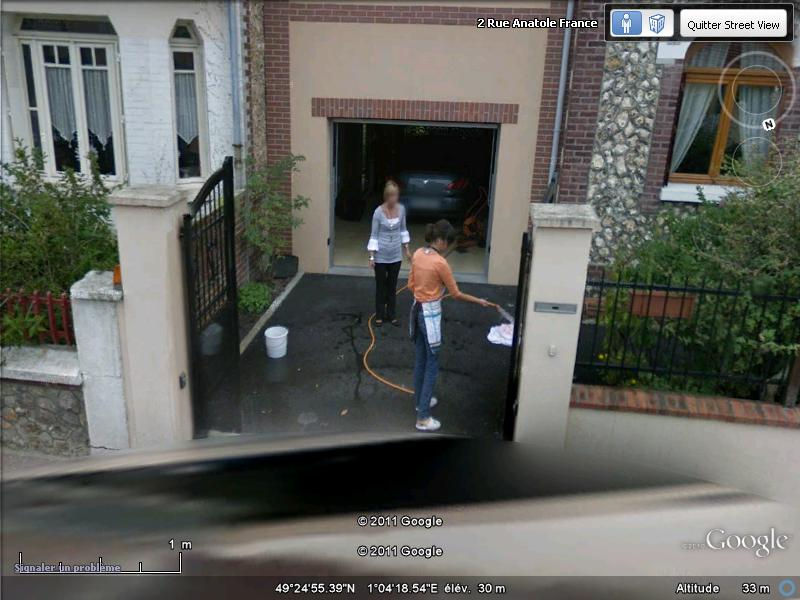 STREET VIEW : les gens nettoient  Anatol10
