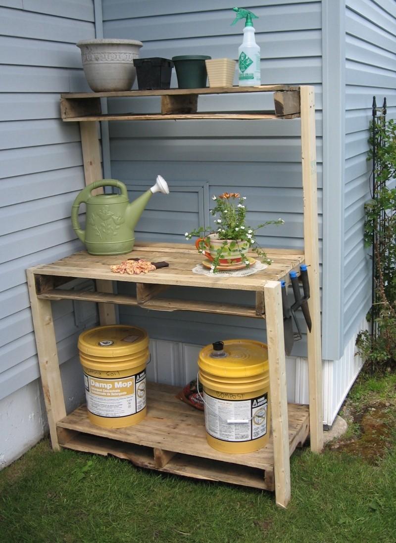 My potting table Img_1112