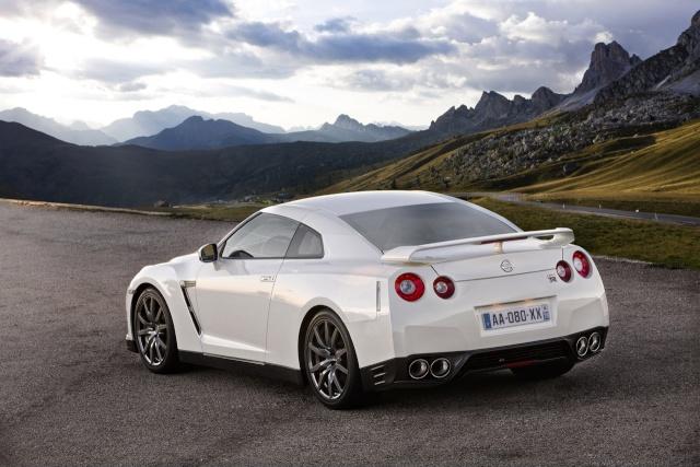 Nissan GT-R EGOIST  !!! Vraiment Egoist  004-ni10