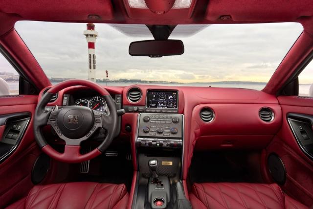Nissan GT-R EGOIST  !!! Vraiment Egoist  018-ni10