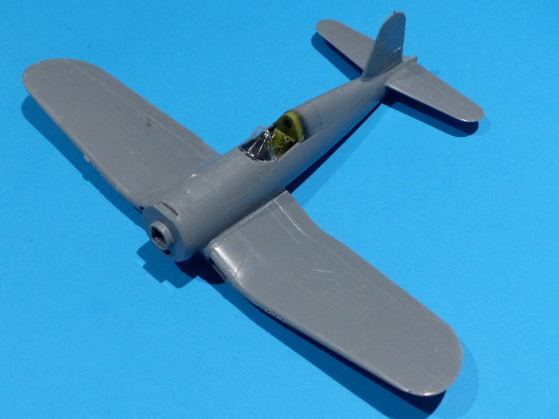 [Tamiya] Vought F4U Corsair / [Dragon] Type 95 Light Tank Franci48