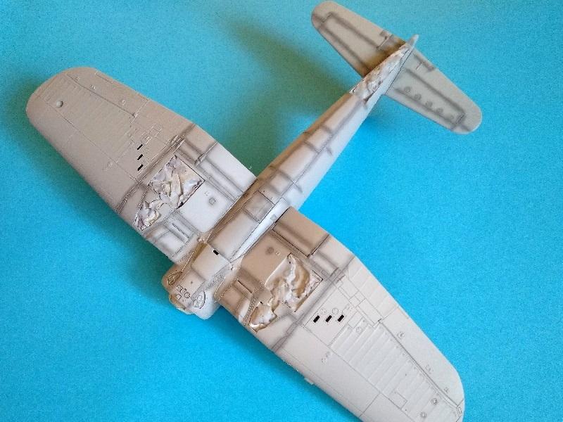 [Tamiya] Vought F4U Corsair / [Dragon] Type 95 Light Tank - Page 2 Franci65