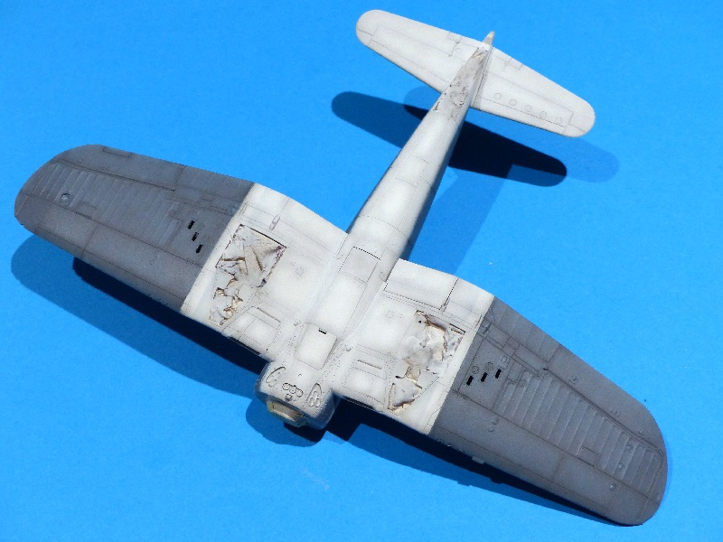 [Tamiya] Vought F4U Corsair / [Dragon] Type 95 Light Tank - Page 2 Franci70