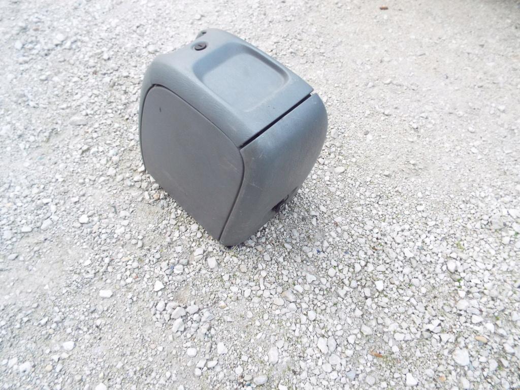 vide-poche central S4 Dscf5140