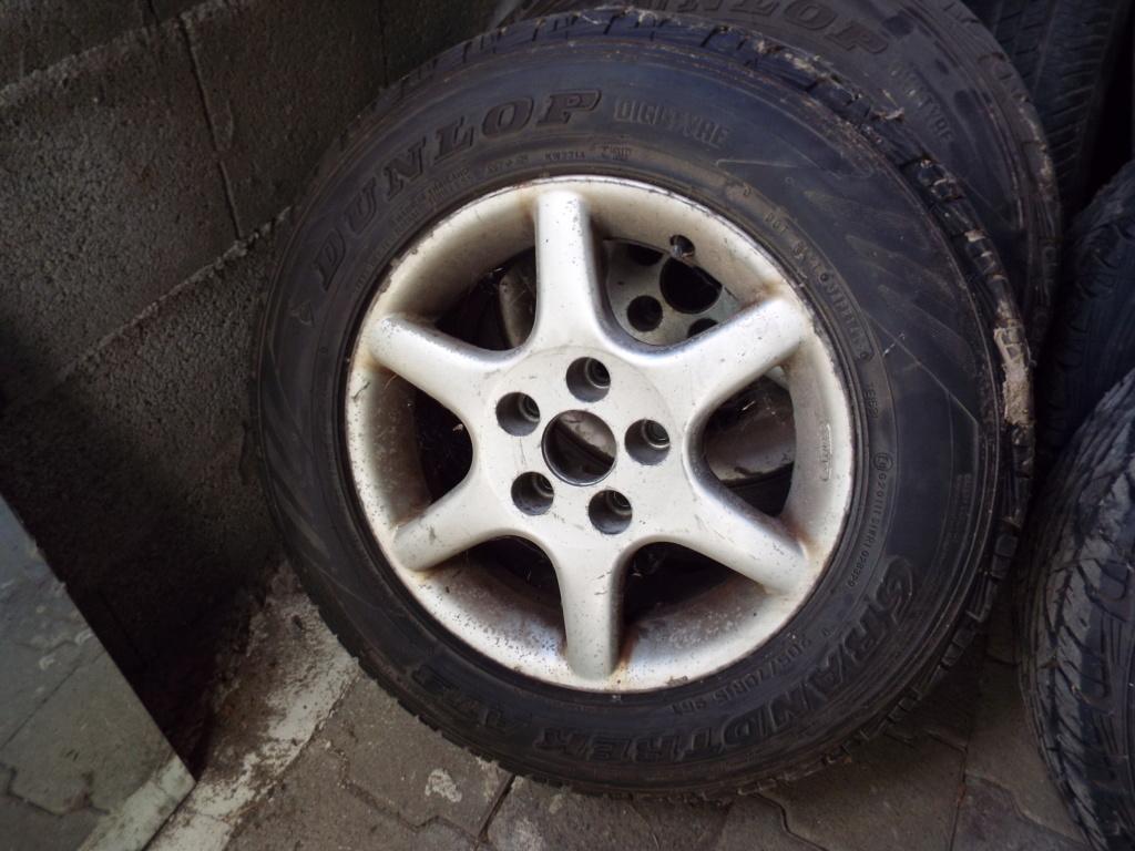 2  pneus sur jante alu pour  S2 Dscf5210