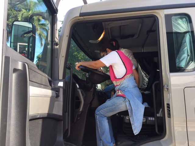 Et si on allait rechercher le camion au Mexique? Image116