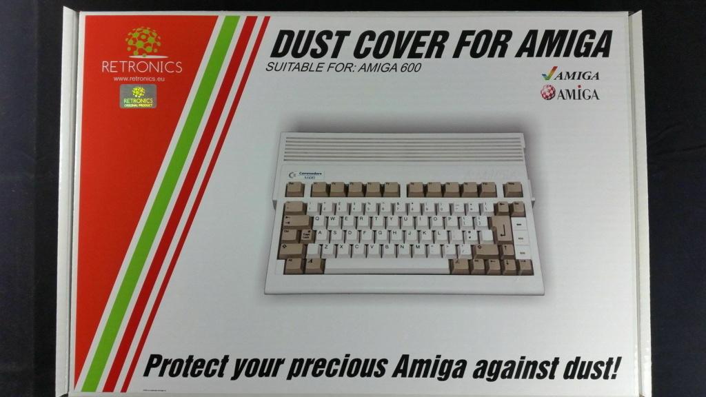 Commodore Amiga 600 : protection clavier ( Dust cover ) 25 eur fdpin 2010