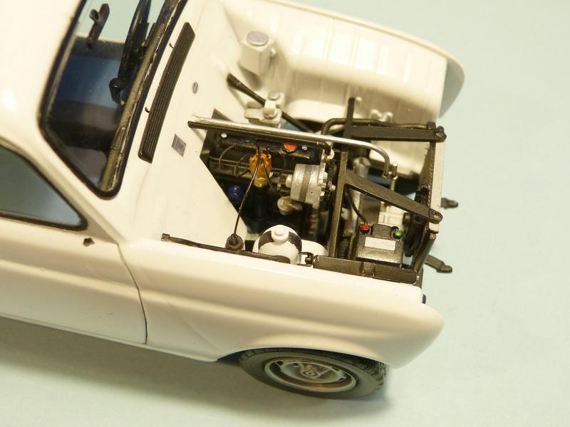 """[1/24] Renault 4L """"TL"""" ref: 80759 - Page 2 Sous_c11"""