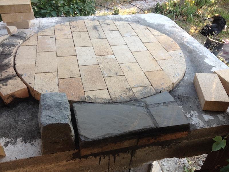 Construction en photos de mon four à bois Img_4210