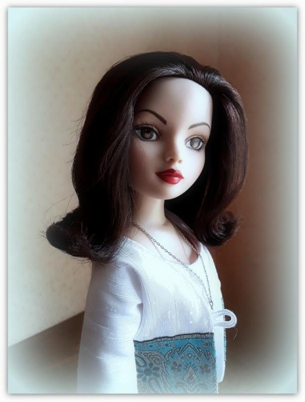 Mes poupées Ellowyne Wilde. De nouvelles photos postées régulièrement. - Page 24 20180917