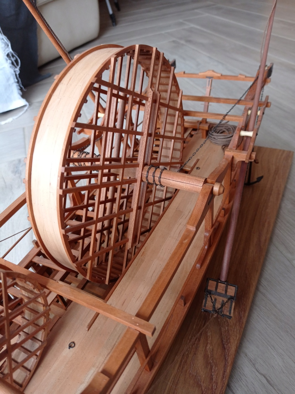 La machine à curer les ports au 1/36 par Michel M Img_2012
