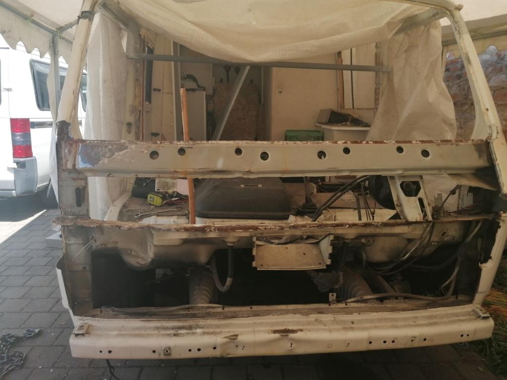Restauration d'un vw LT camping-car fabrication C.Voisin  12611