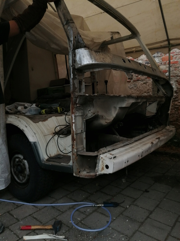 Restauration d'un vw LT camping-car fabrication C.Voisin  13110