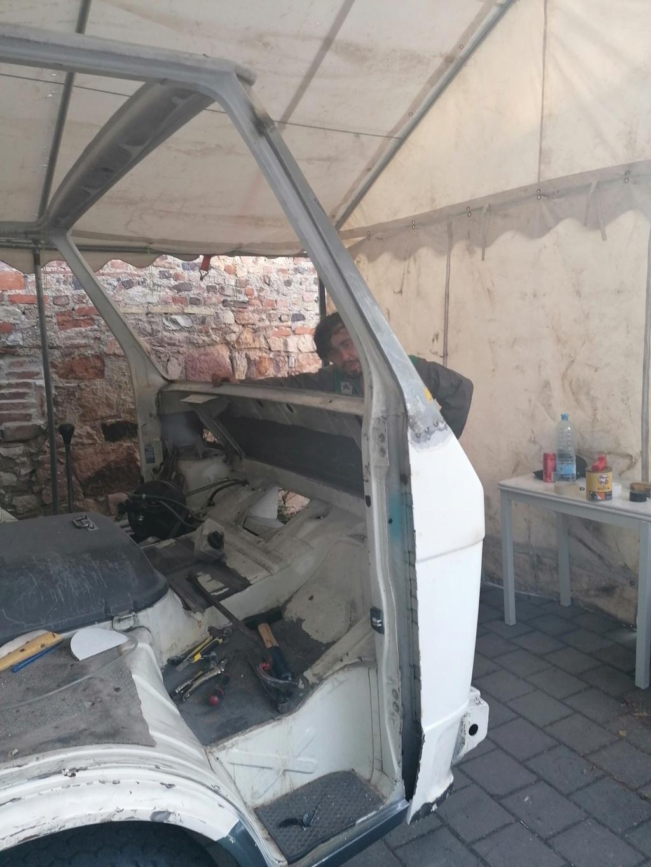 Restauration d'un vw LT camping-car fabrication C.Voisin  13510