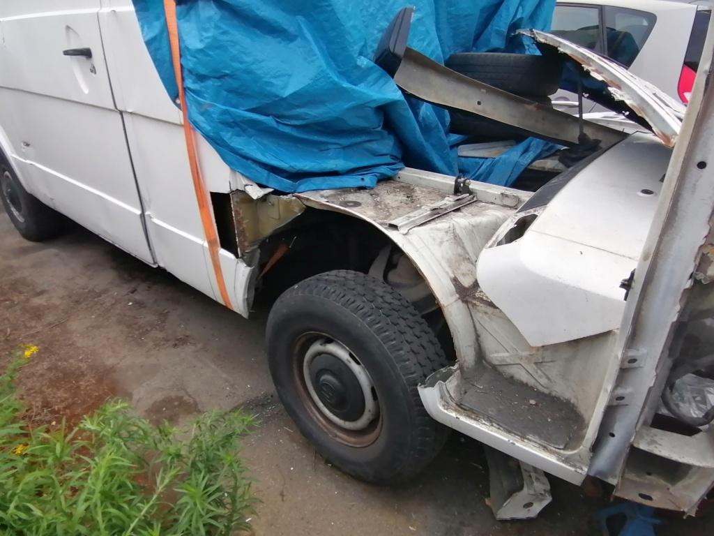 Restauration d'un vw LT camping-car fabrication C.Voisin  16710