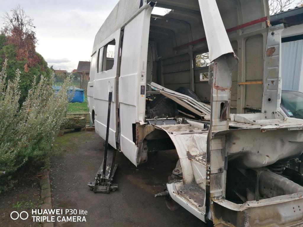 Restauration d'un vw LT camping-car fabrication C.Voisin  411