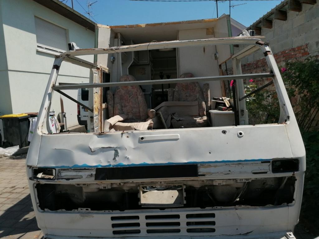Restauration d'un vw LT camping-car fabrication C.Voisin  8010