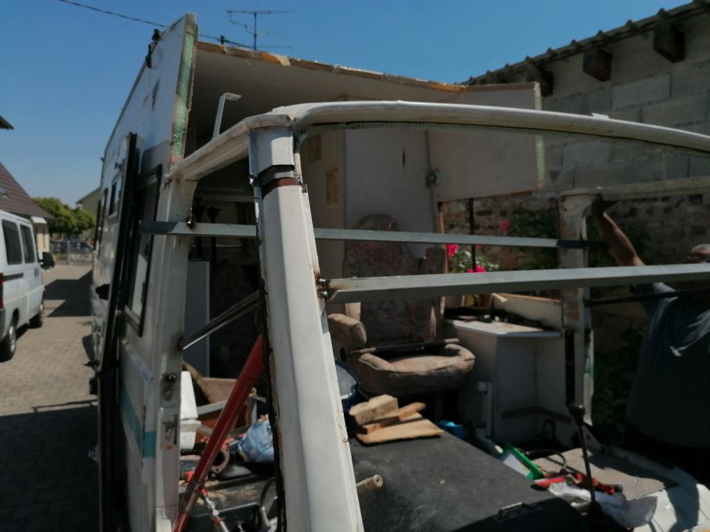 Restauration d'un vw LT camping-car fabrication C.Voisin  8110