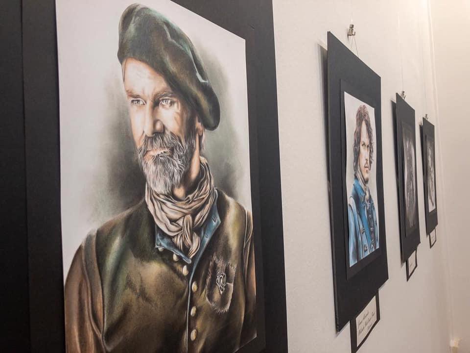 Exposición 2019 en el centro cultural de Canovelles. 56593610
