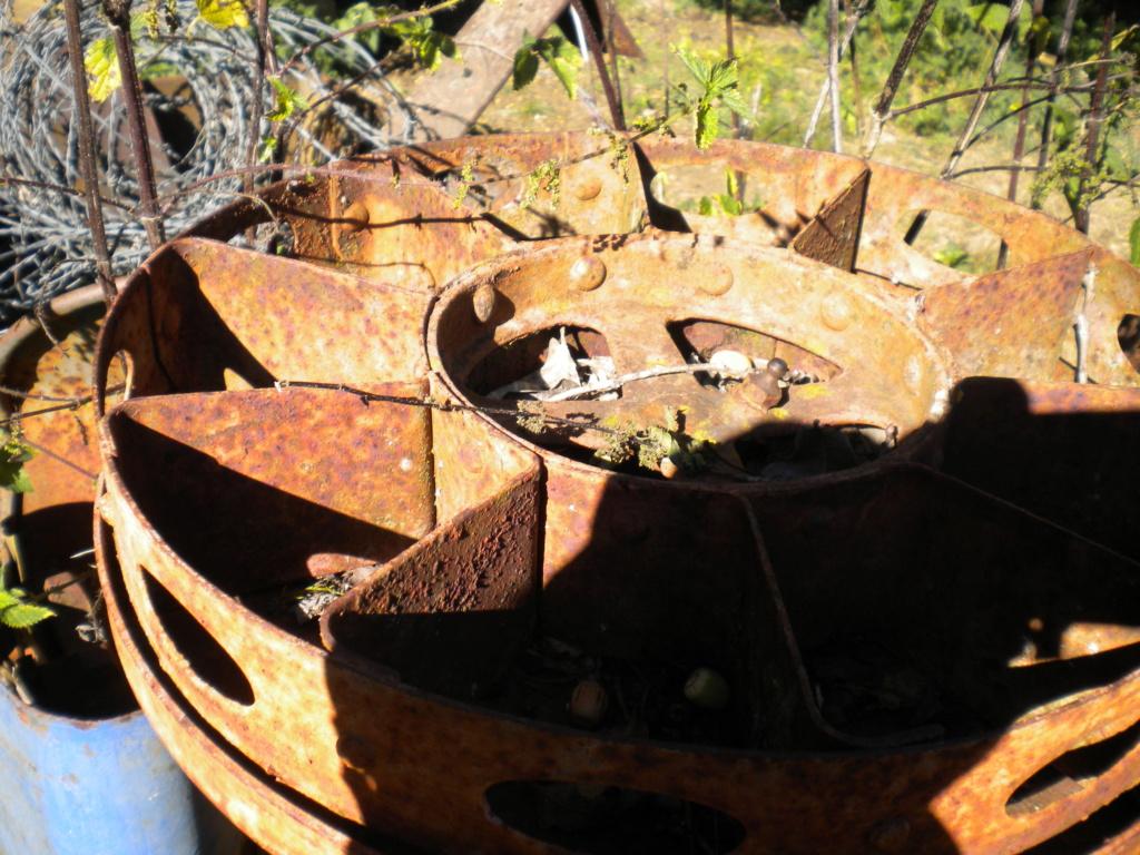 (Recherche) planteuse à pomme de terre ou plans construction Dscn0329
