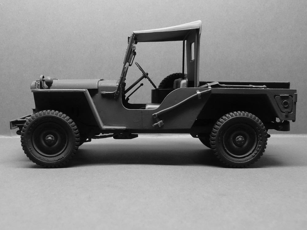 JEEP WILLYS MLW-2 kit de base ITALERI N° 6355 1/24 Jeep-m13