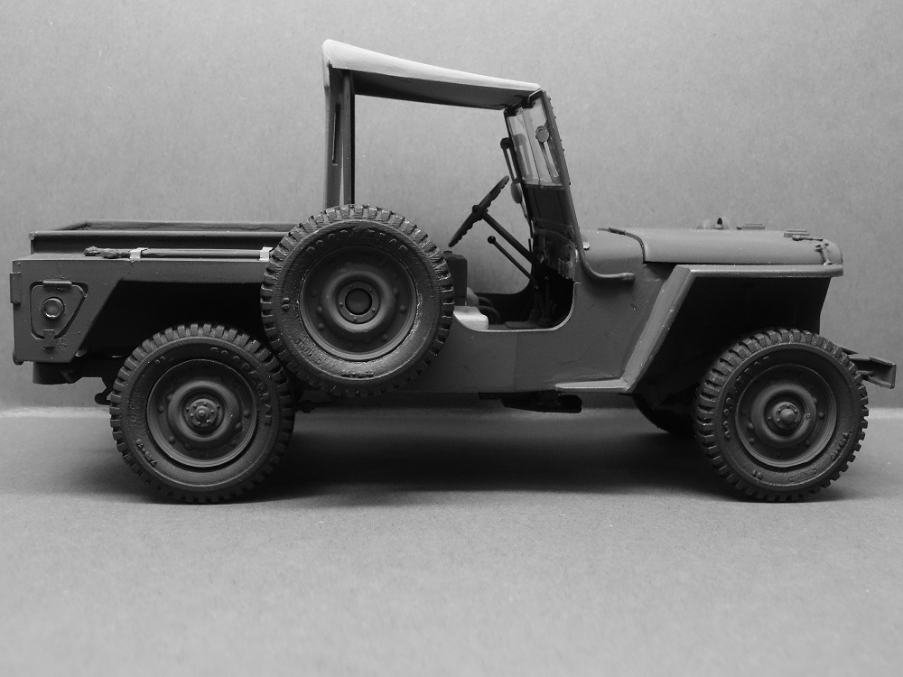 JEEP WILLYS MLW-2 kit de base ITALERI N° 6355 1/24 Jeep-m15