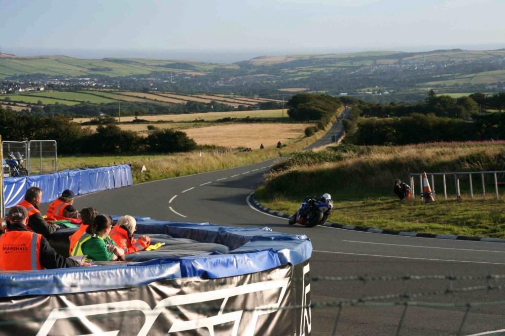 [Road racing] Classic TT/ Manx GP 2019  - Page 20 Img_7830