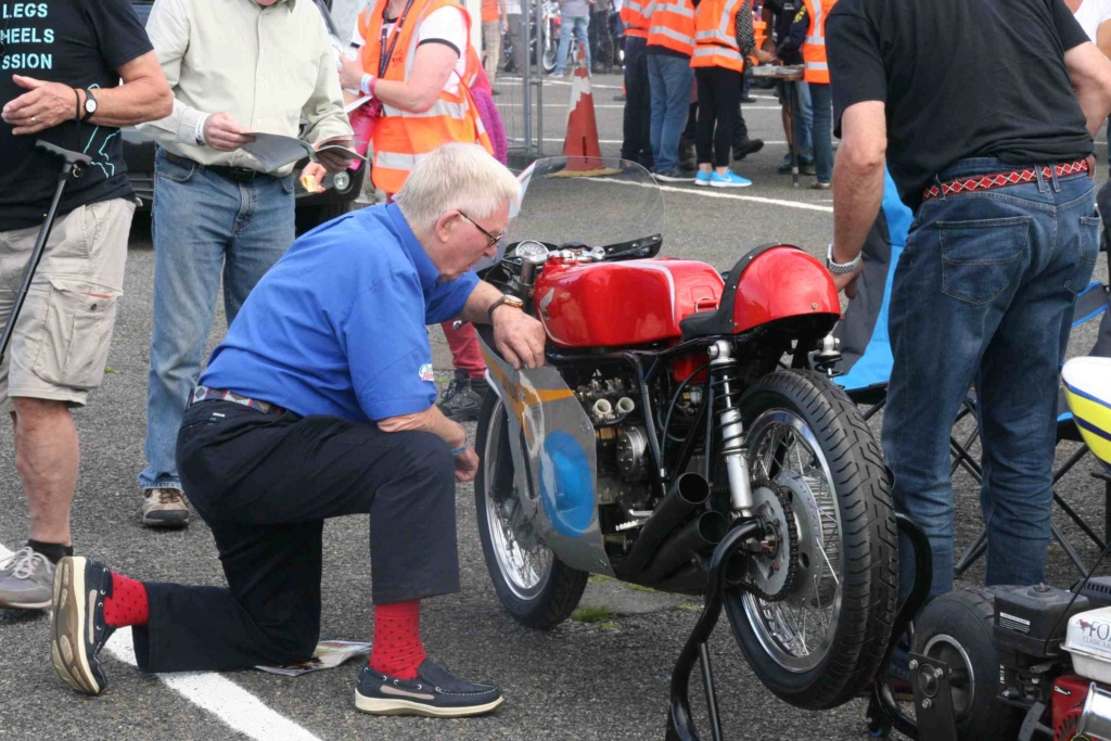 [Road racing] Classic TT/ Manx GP 2019  - Page 10 Img_8018