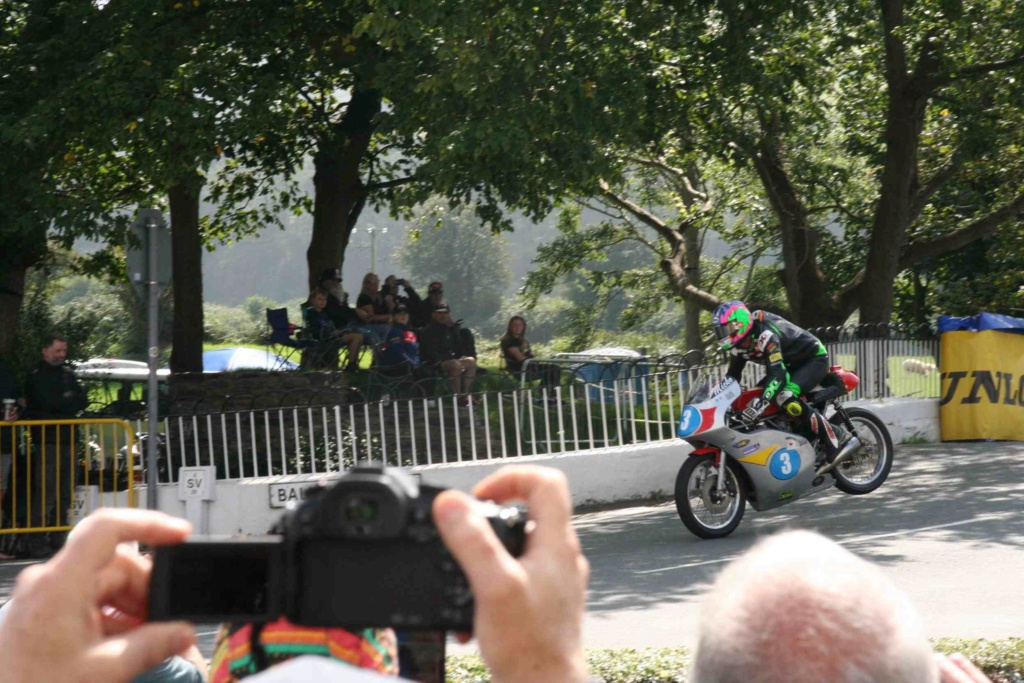 [Road racing] Classic TT/ Manx GP 2019  - Page 12 Img_8116