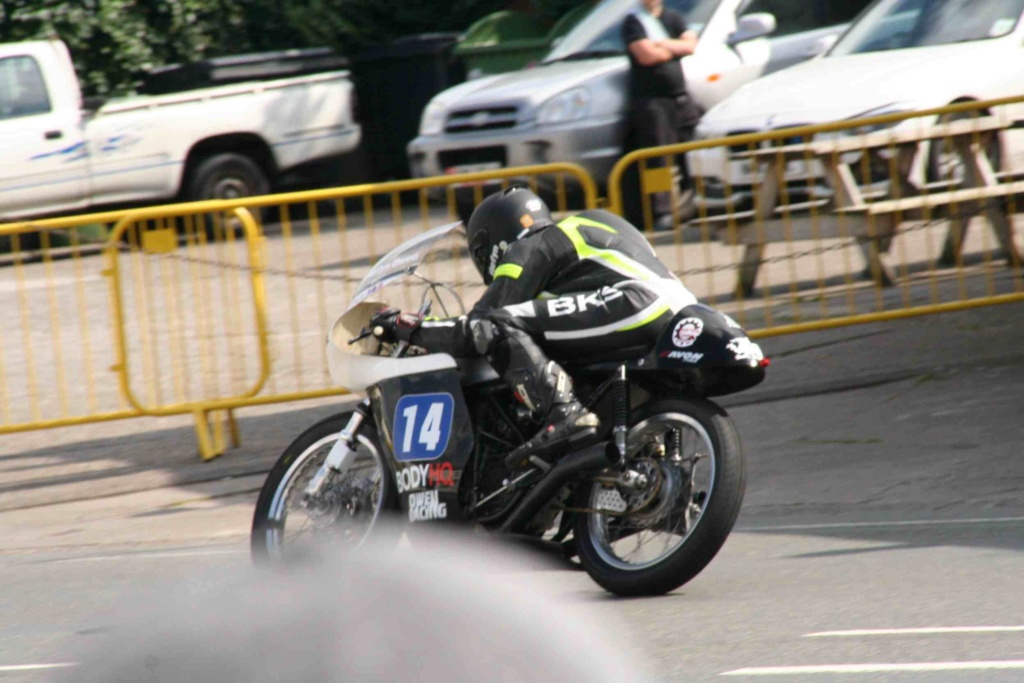 [Road racing] Classic TT/ Manx GP 2019  - Page 12 Img_8117