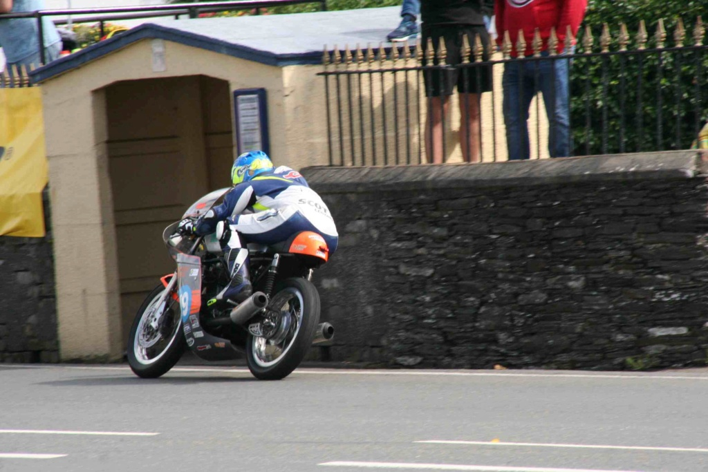[Road racing] Classic TT/ Manx GP 2019  - Page 12 Img_8118