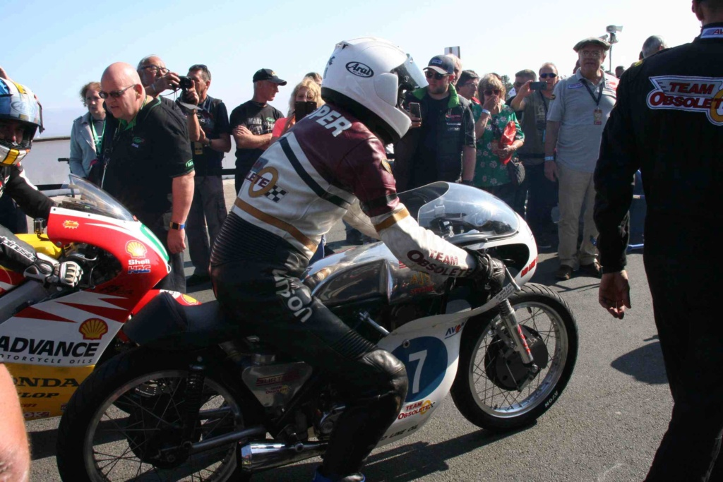 [Road racing] Classic TT/ Manx GP 2019  - Page 12 Img_8127